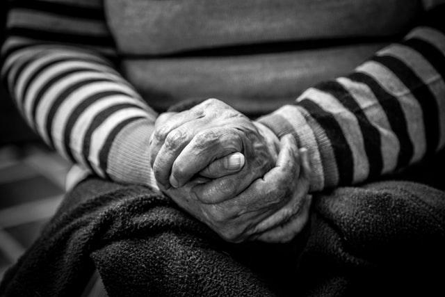AUXI'life : un acteur engagé vers les plus fragiles